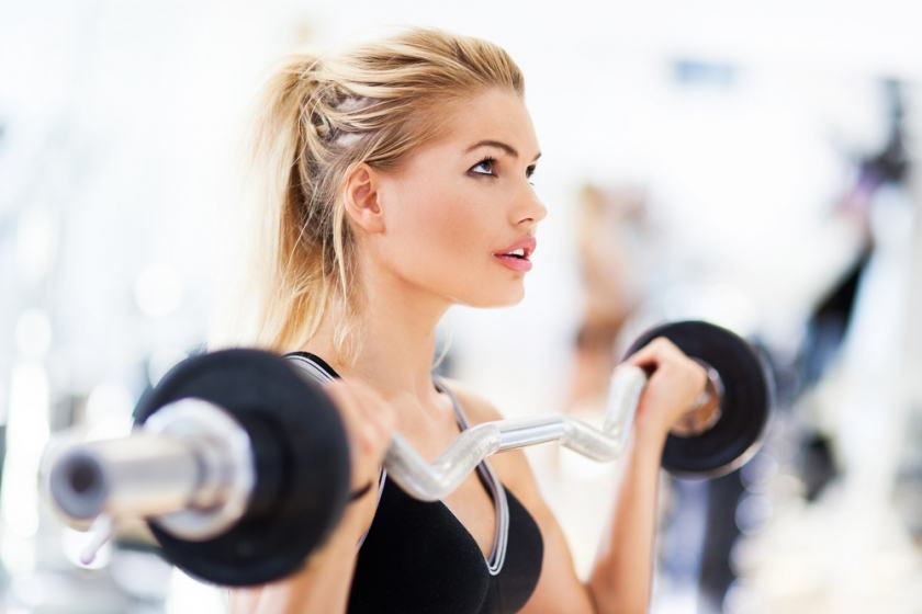 Weight Lifting For Women: Top 4 Tips To Avoid Getting Getting Bulky